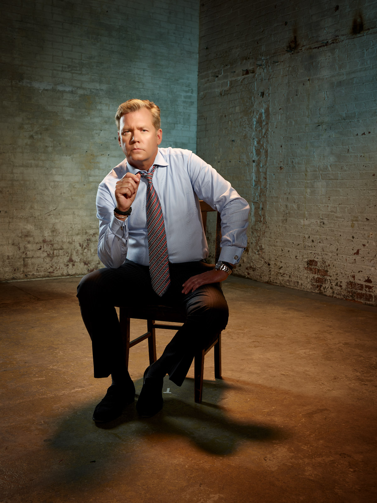 Chris_Hansen_chair_updated